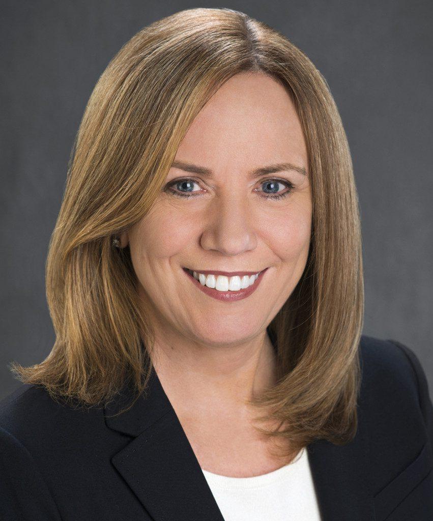 Dr Joan Davidson